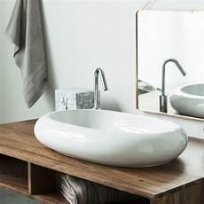 waschtisch für aufsatzwaschbecken aus holz waschbecken aus keramik tikamoon