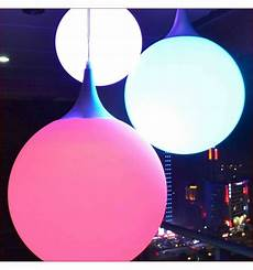 suspension boule led multicolore 25cm