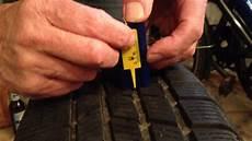 Winterreifen Profiltiefe Neu - reifenprofiltiefe messen beim autoreifen