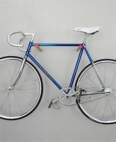 fahrrad an der wand aufhängen fahrradhalter 40 moderne und praktische ideen