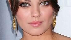 Mila Kunis Augen Mila Kunis Quot Ich War Auf Einem Auge Blind Quot Promiflash De