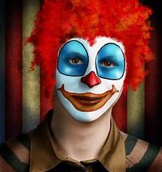 Fasching Make Up Im Letzten Moment Clown Schminken