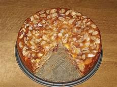 apfelkuchen mit schmand marzipan guss rezept mit bild
