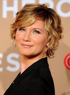 short wavy hairstyles for women hairstyles weekly soft wavy curly hairstyle with bangs for women