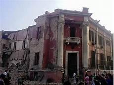 consolato italiano al cairo forte esplosione al cairo di fronte al consolato italiano