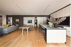 wohnzimmer küche esszimmer wohnzimmer und k 252 che zusammen esszimmer offen holzboden