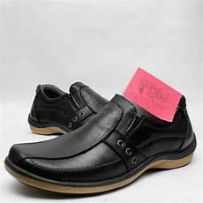 jual sepatu casual bahan kulit sapi b1 di lapak fitria diah wulansari yasin sepatu