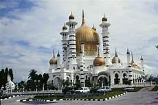 Indah Dan Menarik Inilah 10 Masjid Paling Cantik Di Malaysia