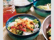 cool noodles with vietnamese garnishes_image