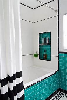Aqua And White Bathroom Ideas by 25 Gorgeous Turquoise Bathroom Decor Ideas Digsdigs