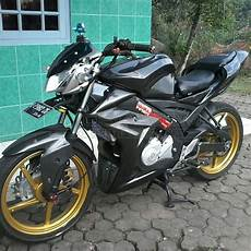 Variasi Motor R by Modifikasi Yamaha All New Vixion Aldianandar