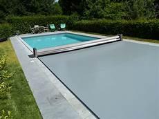 couverture de piscine electrique couverture piscine silver abri piscinebelgique abrisud