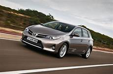 Toyota Auris Hybrid Probleme - toyota auris hybrid is light years ahead daily