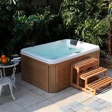 spa 4 places exterieur un spa 3 places ou 4 places pour qui