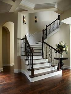 Treppen Renovieren Ideen - traditional staircase design ideas remodels photos