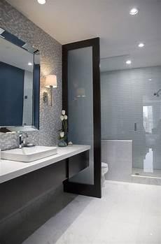 Bathroom Ideas Narrow by The 25 Best Narrow Bathroom Ideas On