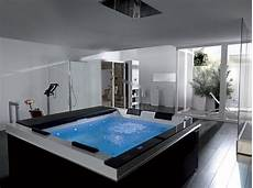 badezimmer mit whirlpool high tech luxury spa tubs pacific from systempool digsdigs