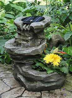 Garten Springbrunnen Aus Stein - solar springbrunnen f 252 r den garten