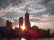 31 Ini Gambar Pemandangan Kota Matahari Terbenam