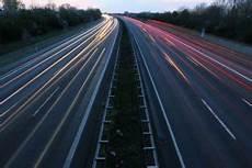 Auf Der Autobahn Geblitzt Was Bu 223 Geldkatalog 2019