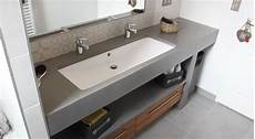 meuble salle de bain grande vasque une ou deux vasques et pourquoi pas une grande vasque pour