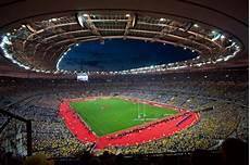 stade de 81 338 equipe de