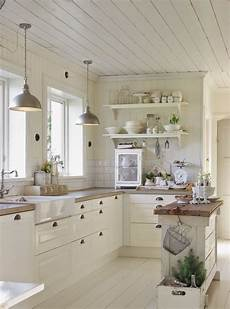 country chic cottage 31 cozy and chic farmhouse kitchen d 233 cor ideas digsdigs