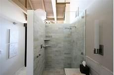 moderne begehbare duschen begehbare dusche luxus bad einrichtung glas abtrennung