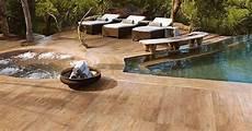 carrelage piscine imitation bois le carrelage imitation bois une alternative au bois