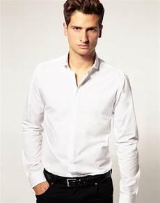 Chemise Blanche Homme Avec Un