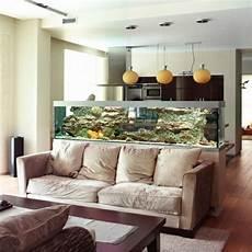 wundervolles k 252 chendesign mit aquarium das den ozean mit