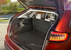 ford edge kofferraum the 2015 ford edge pushes into premium car territory with