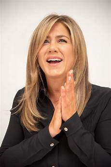 jennifer aniston jennifer aniston quot dumplin quot press conference in beverly
