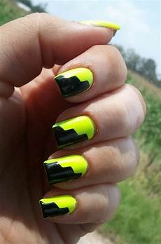 16 beautiful black and yellow nail designs