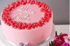 Kuchen Mit Fondant - fondant torte mit zum geburtstag