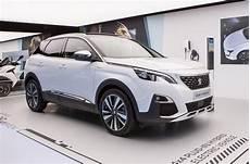 peugeot 3008 gt hybrid4 2019 2020 nuovo modello ibrido