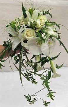bouquet mariée cascade 10 bouquets en cascade qui vont vous faire chavirer