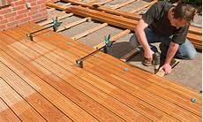 Holzterrasse Verlegen Anleitung