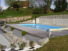 piscine sur terrain en pente amenagement piscine pente