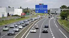 autoroute clermont ferrand l autoroute totalement ferm 233 e 224 la circulation jusqu 224