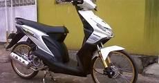 Beat Modif Jari Jari by Gambar Modifikasi Honda Beat Putih Jari Jari Pelek 17