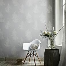 Tapeten Ideen Wohnzimmer Grau - tapete in grau stilvolle vorschl 228 ge f 252 r wandgestaltung