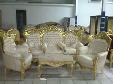 divani in stile barocco salotto in stile barocco composto da 1 divano tre posti