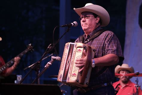 Randy Rogers, Zamorales Among 2019 Life Fair Artists