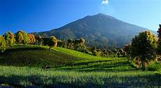 Tak Hanya Sinabung Sumatera Adalah Surga Bagi Para