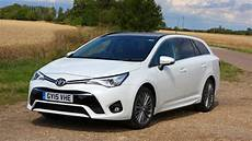 toyota avensis touring sports 2017 car review