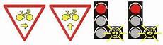nouveaux panneaux de signalisation les nouveaux panneaux de signalisation pr 233 vus en 2012