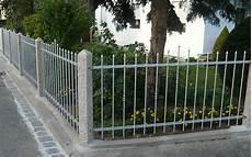 vorgarten zaun metall zaunsystem garda aluzaun selber bauen seiler zaun design