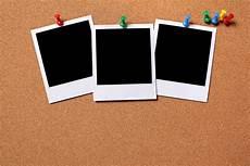 photo polaroid gratuit photos polaroid 233 pingl 233 s sur un panneau de li 232 ge