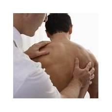 cote cassée douleur dans le dos douleur musculaire au dos myalgies dorsales
